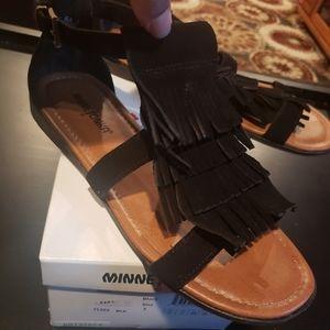Maui Minnetonka Flat Sandals